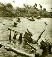 Китайская пехота в наступлении, 1950-е годы, Корея