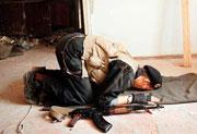 Главным противником, анатагонистом традиционализма выступает радикальный ислам