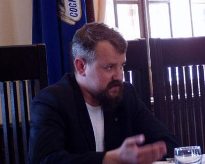 Анатолий Макогон