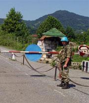 Тогда российские миротворцы стали гарантами мира, а сегодня их в Тбилиси критикуют