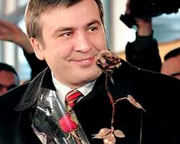 Саакашвили выигрывает, и никаких оснований для насмешек над ним нет
