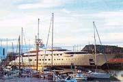 Яхта с ПВО